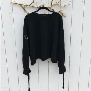 Zara sweatshirt with buckle on sleeves